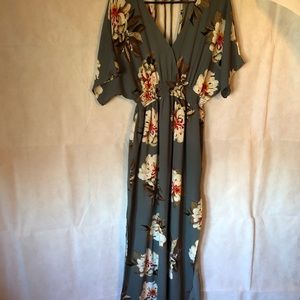 Umgee Flower Pattern Gray Dress